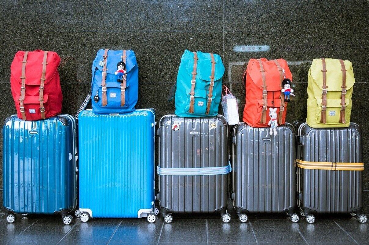 luggage-933487_1280.jpg