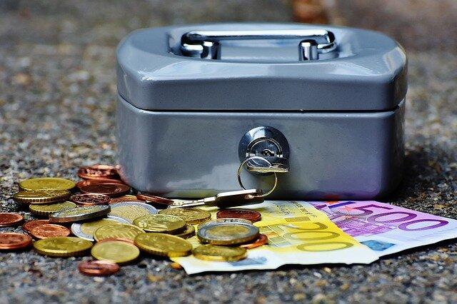 cashbox-1642989_640.jpg