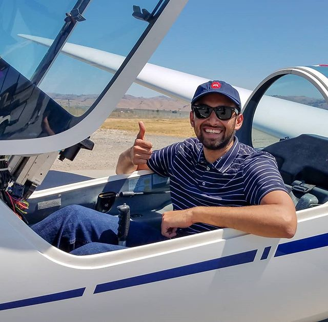Pathik took his first glider solo flights today on his way to an add-on rating. Congratulations,  Pathik! . . . #glider  #firstsolo  #sailplane #hollistersoaringcenter