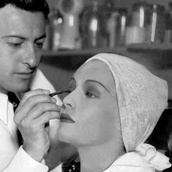 Wally Westmore making up Madeline Carroll. #westmoresofhollywood #wallywestmore #madelinecarroll #paramountpictures #oldhollywood #contour #makeup #vintagemakeup #mua