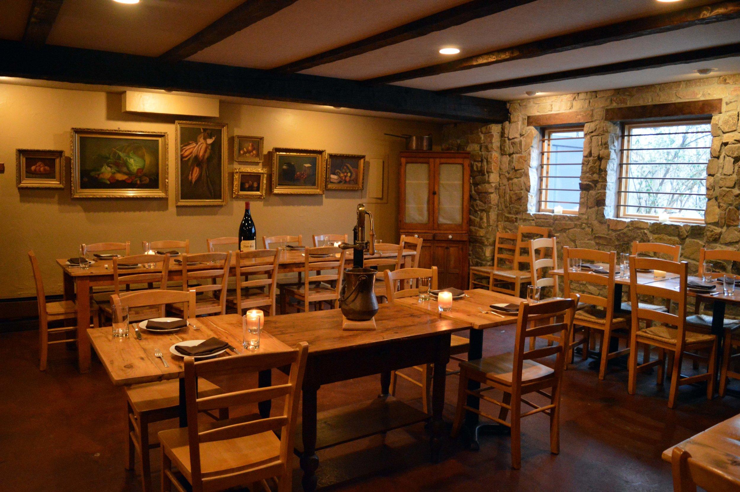 pd_harvest_dining_room.jpg