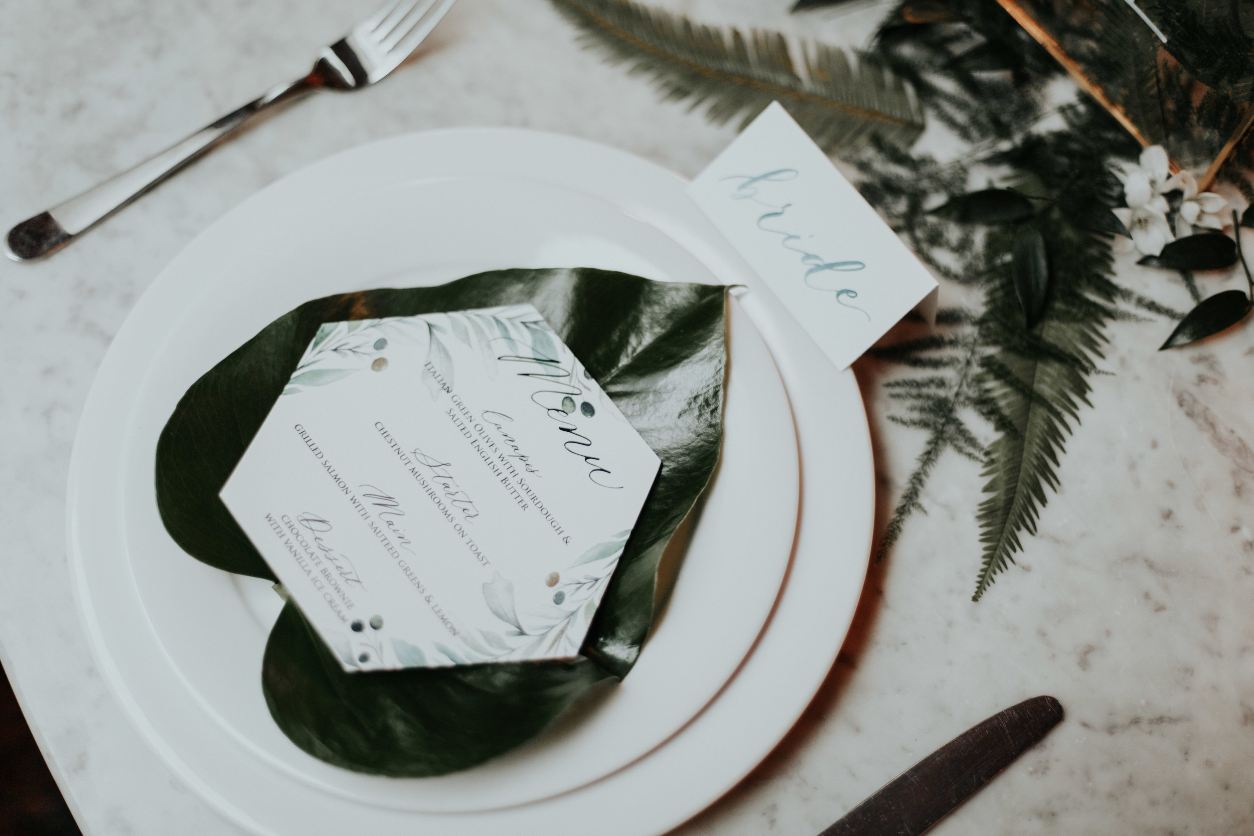 MENU & PLACE CARD