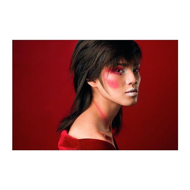 Model: @aliceinnewworld_ MUA: @martajedrys_makeup Retouch: @kyleightelford  #nikonz6 #profoto #profotob1x #captureone #captureonecolor #fotografwarszawa
