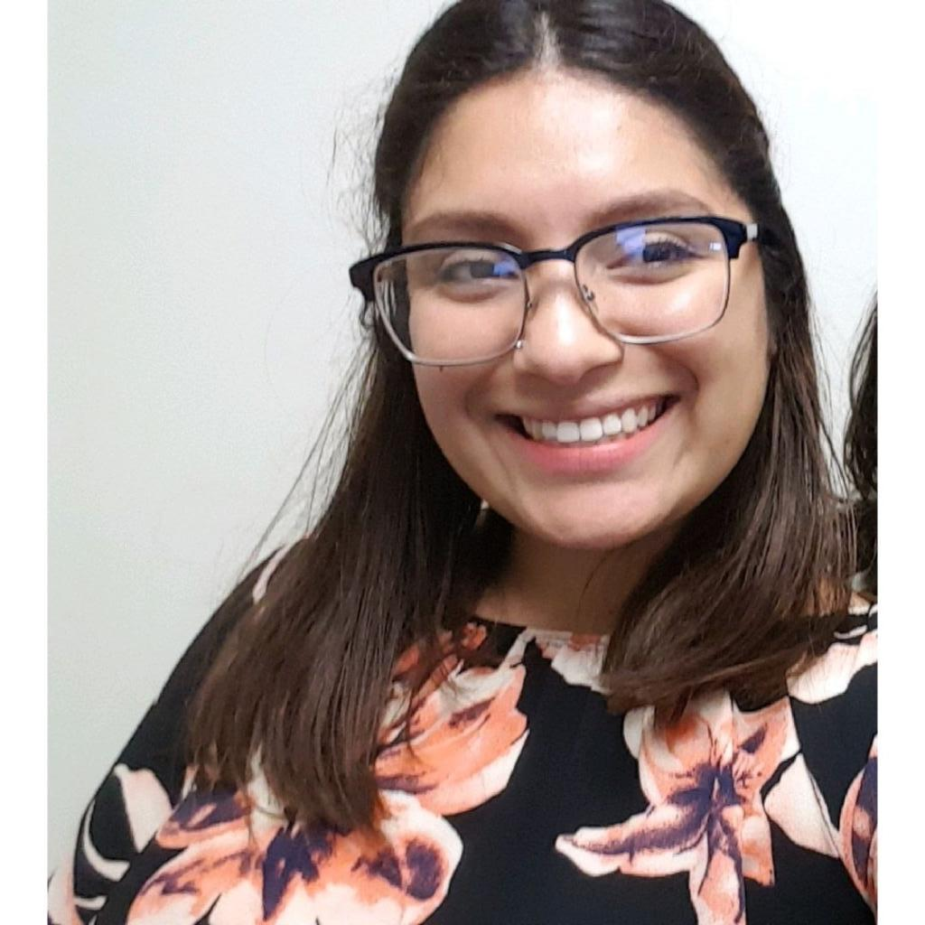 Joselin Bautista  is a 2013 ASAP graduate. She is currently finishing her last semester at SF State, majoring in Sociology. She is a Promise Scholar and is a College Success Advisor this year.
