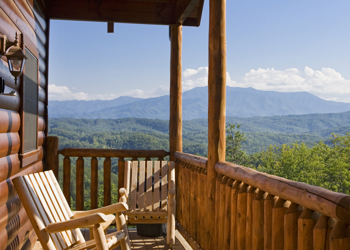 From ski vacations to family escapes, there are plenty of lodging alternatives for your Ruidoso mountain getaway.