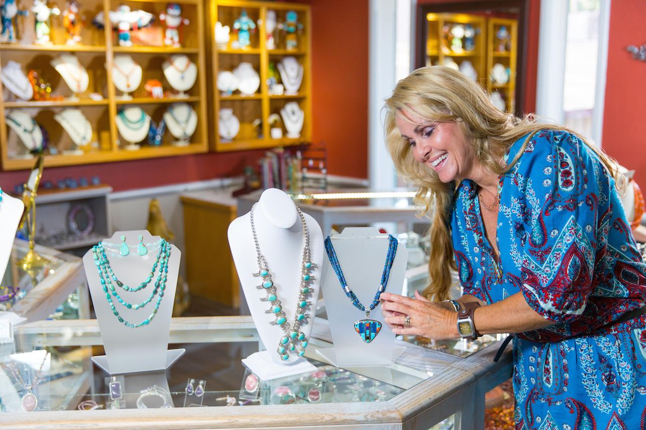 PHOTO: Jewelry Shop