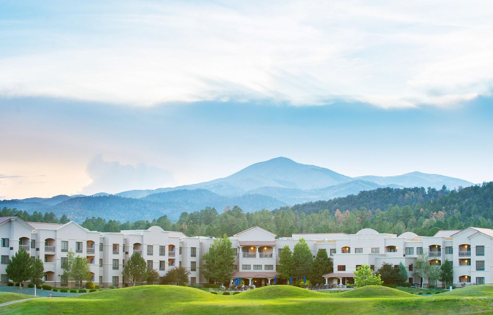 MCM Eleganté Lodge & Resort