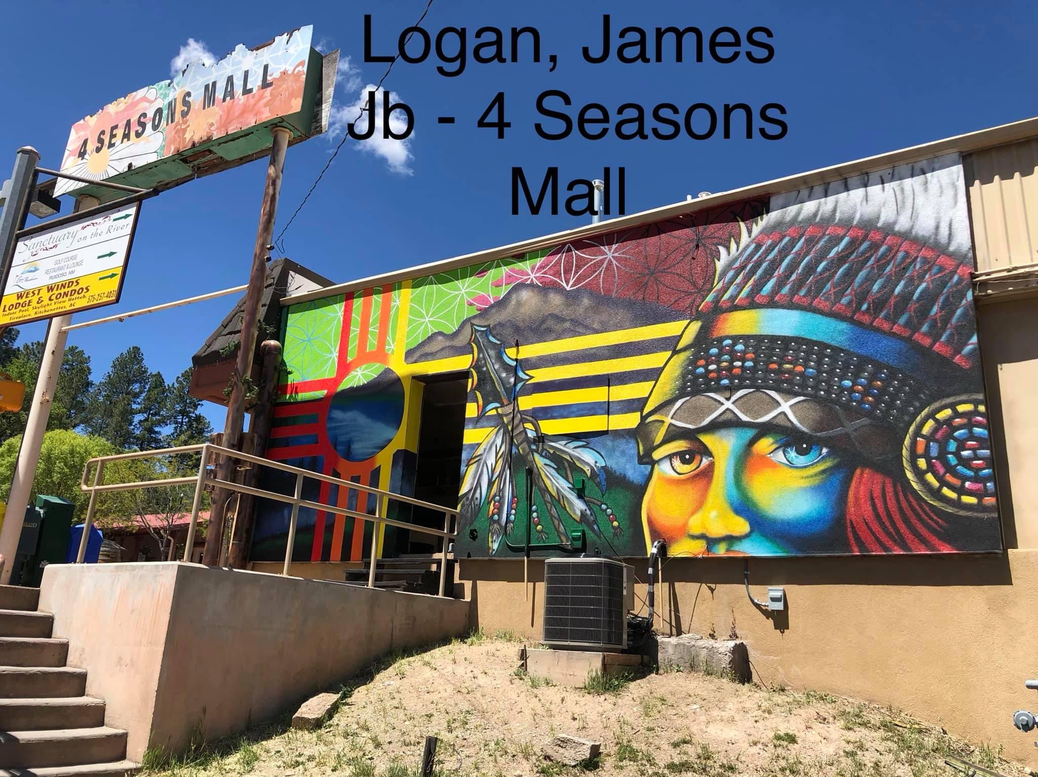 Photo: Mural at Four Seasons Mall