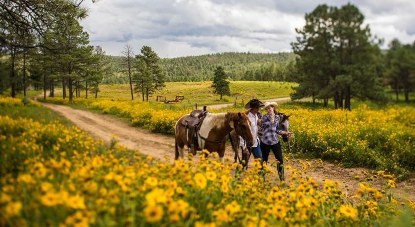 Horseback Riding Inn of the Mountain Gods.jpg