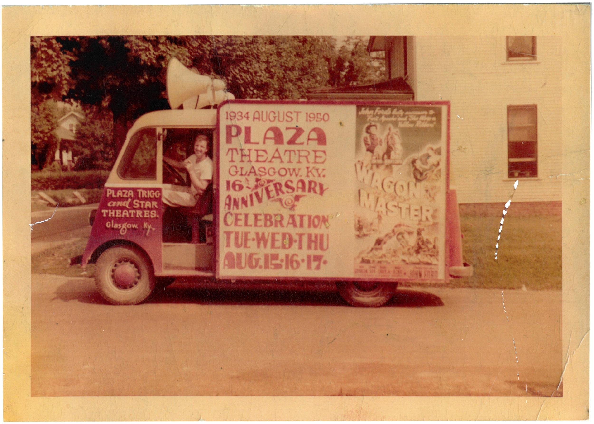 plazavan.jpg