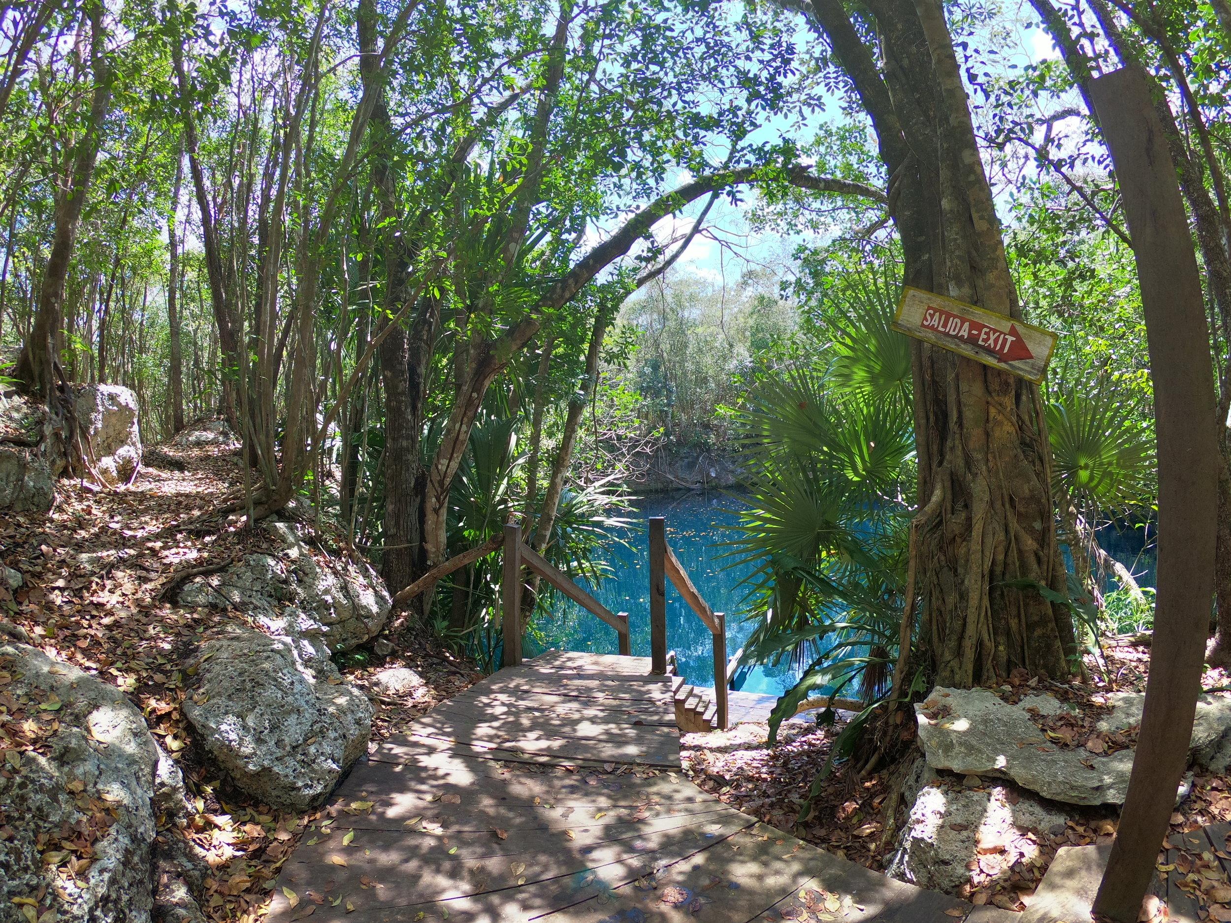 Cenote Angelita.JPG