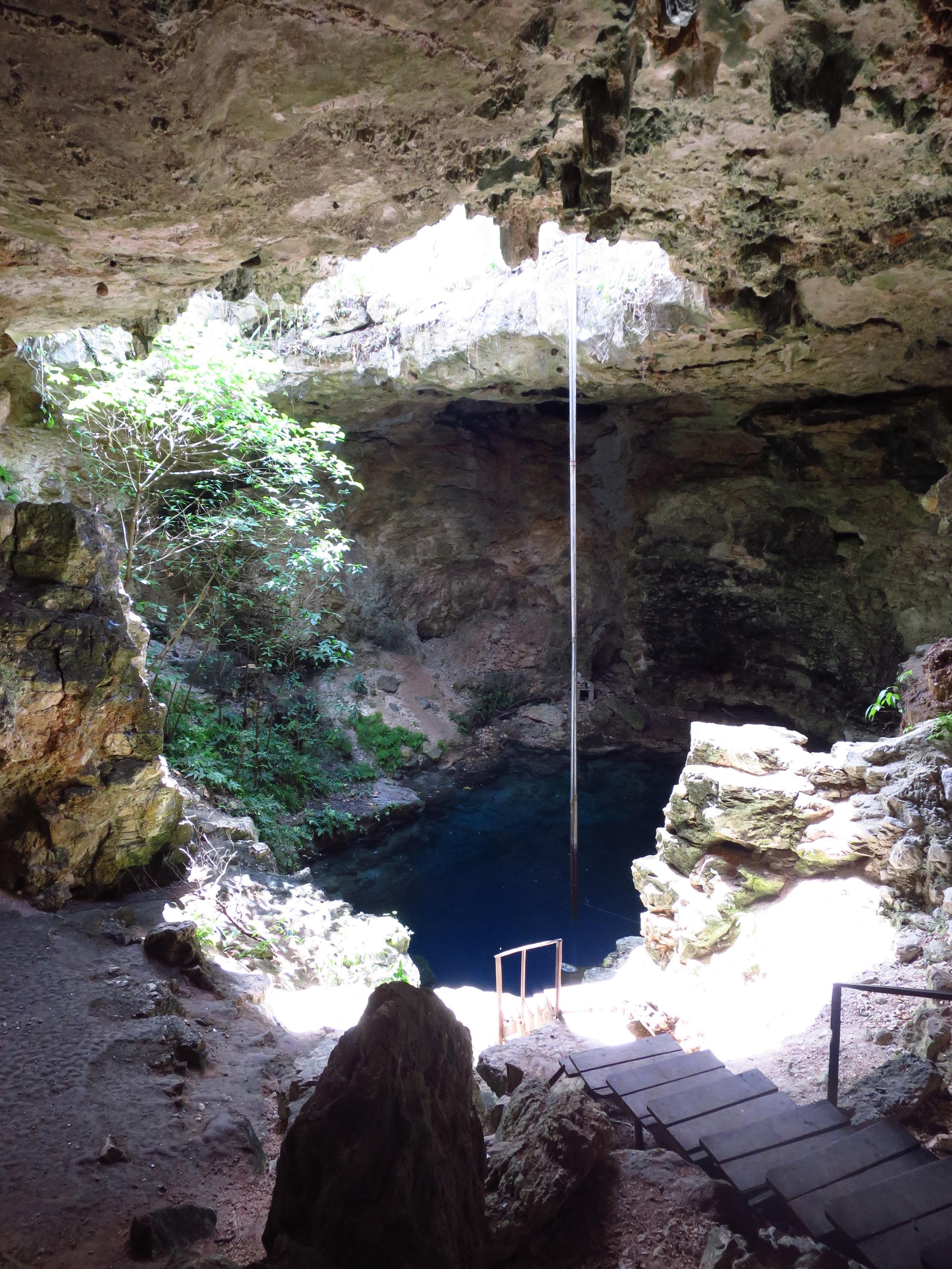 Cenote Ucil.JPG