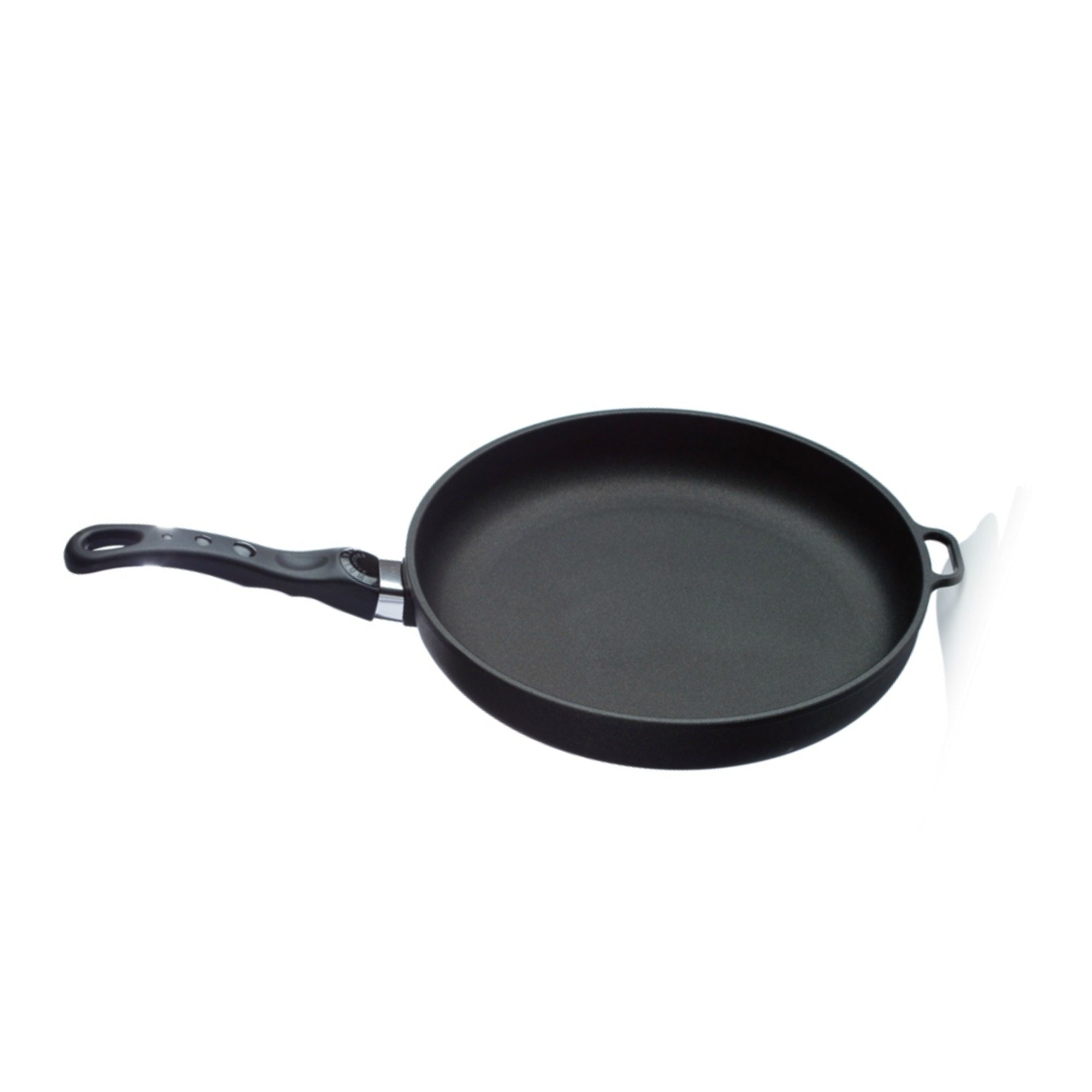 LOW RIM FRYING PAN 28x5    This 28x5cm size is great for cooking medium to larger sized dishes. Young Living's titanium pans are premium cookware products that cook evenly without sticking, won't warp or lose their shape, and don't have Teflon coating. The titanium coating allows you to cook with little or no fat and is non-porous. The bases are made of cast aluminum, which conducts heat seven times faster than iron or steel. The patented handles have no screws or rivets to loosen and fall off. All handles, lids, and knobs are ovenproof up to 500° F.   Click here   to learn more about this product.