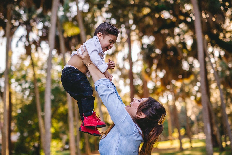 HighlightStudios-LifestyleFamilyPhotos-LaPortaFamily-151_South Tampa Family Photo Session.jpg