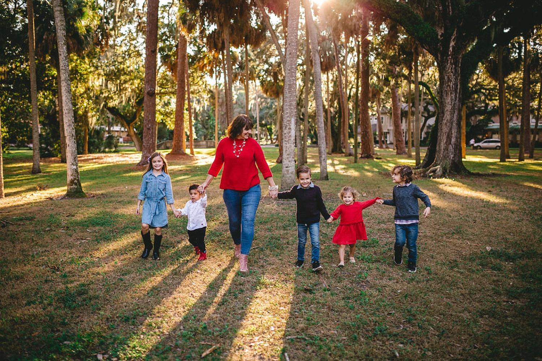 HighlightStudios-LifestyleFamilyPhotos-LaPortaFamily-258_South Tampa Family Photo Session.jpg