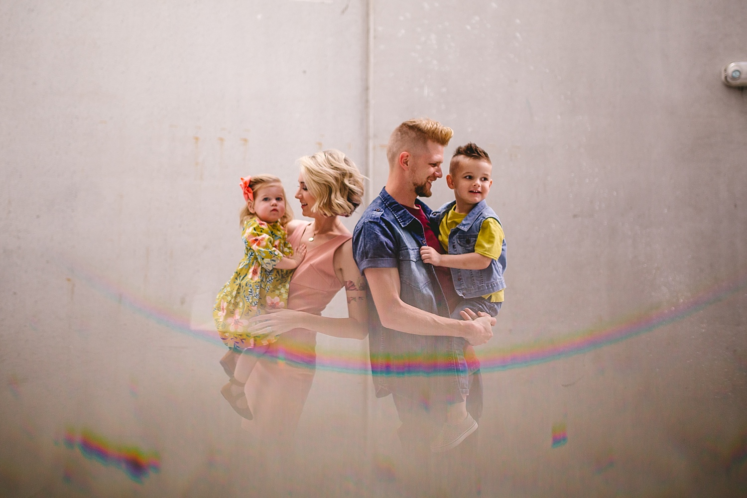 A walking family session in Downtown Tampa_0378.jpg