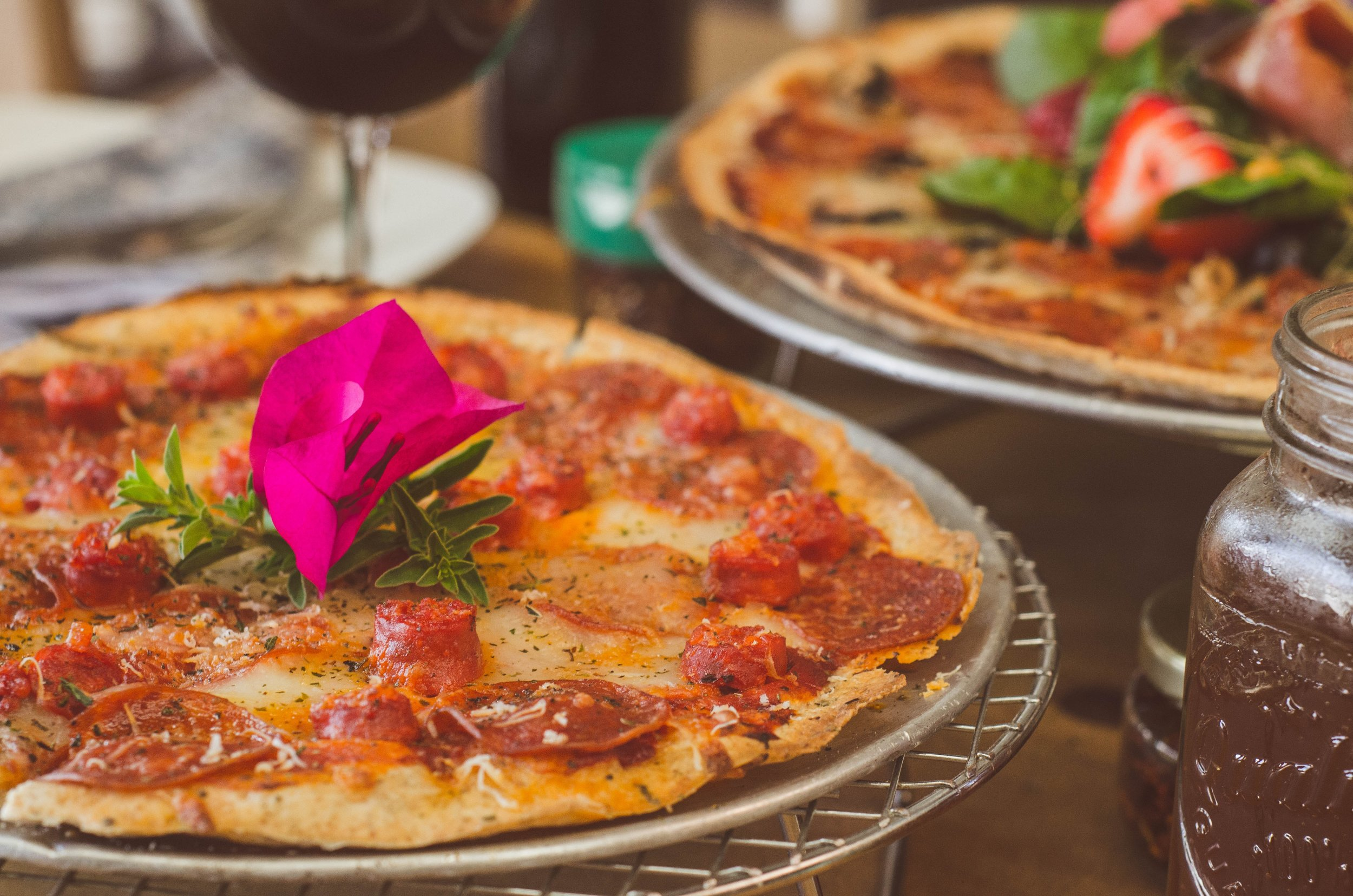Thin pizza.jpg