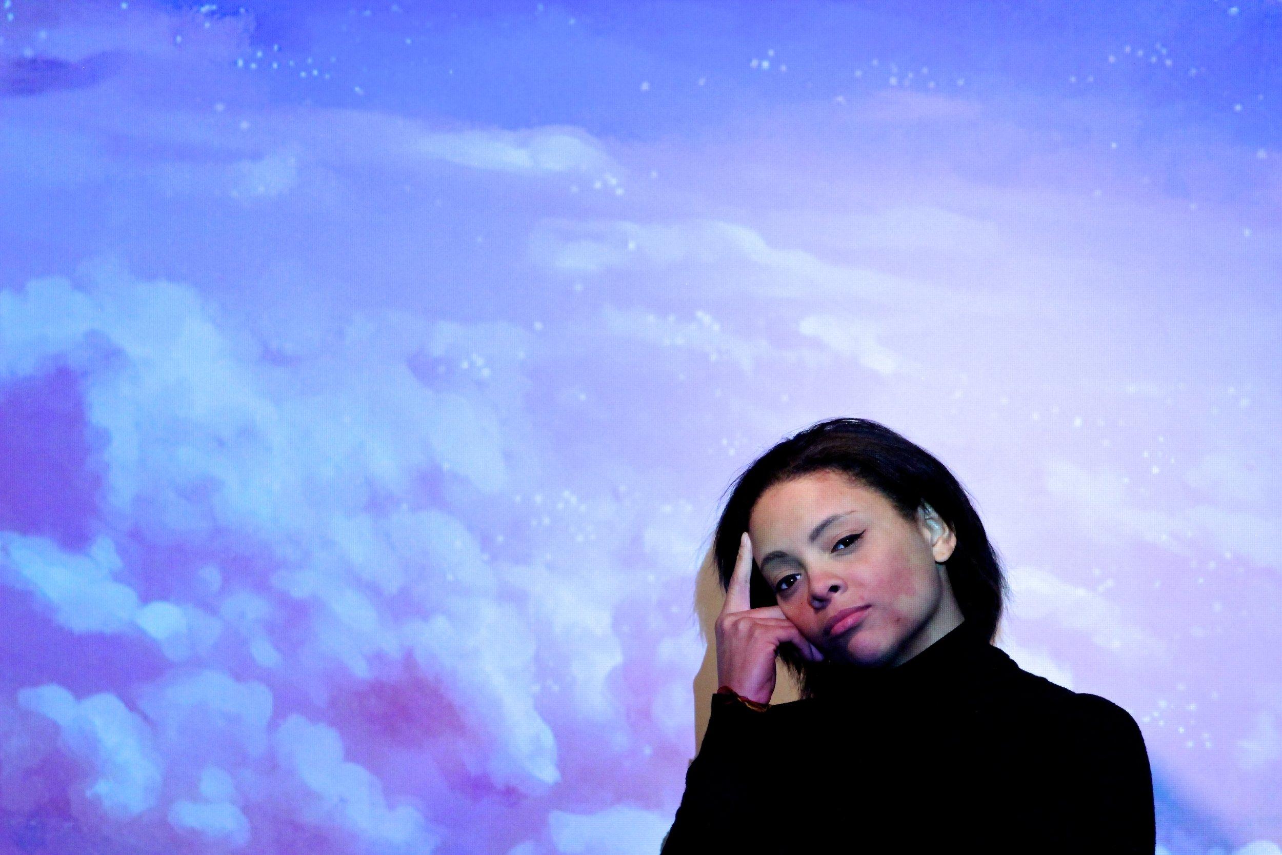Model: Angela Ramos