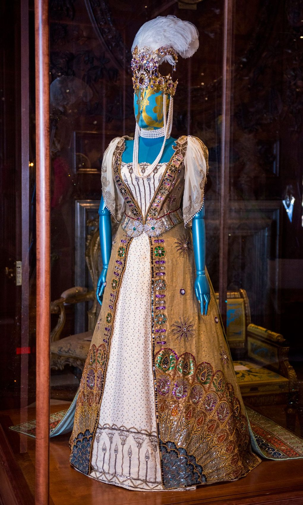 House Style Five Centuries of Fashion at Chatsworth (5).jpg