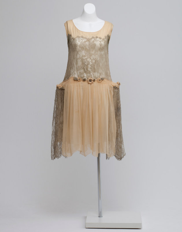 Worn by Margaret Hamilton, who married in 1928.