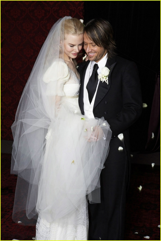 Nicole-Kidman-wedding-dress