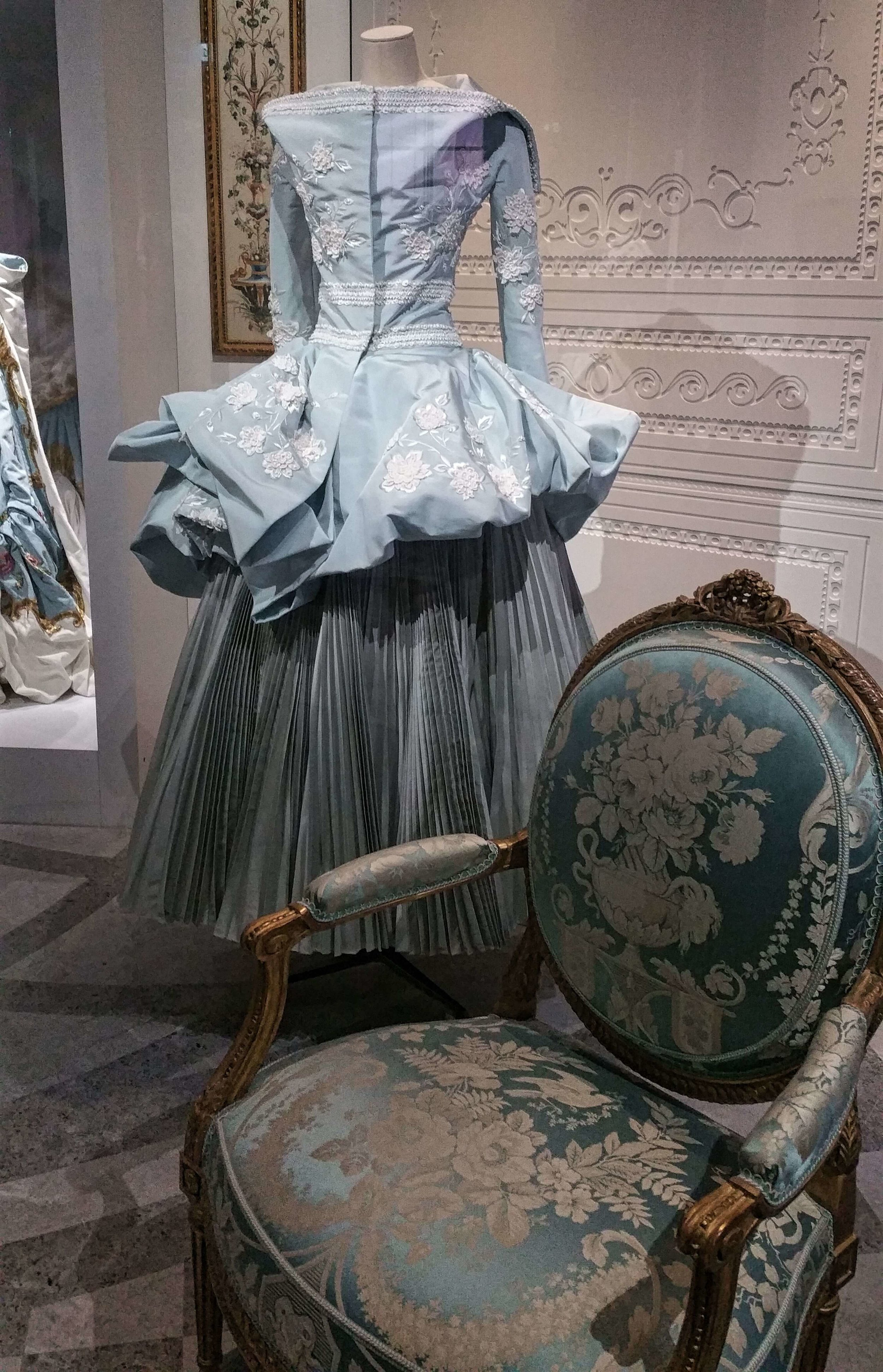 Couturenotebook- Christian Dior Couturier du reve (24).jpg