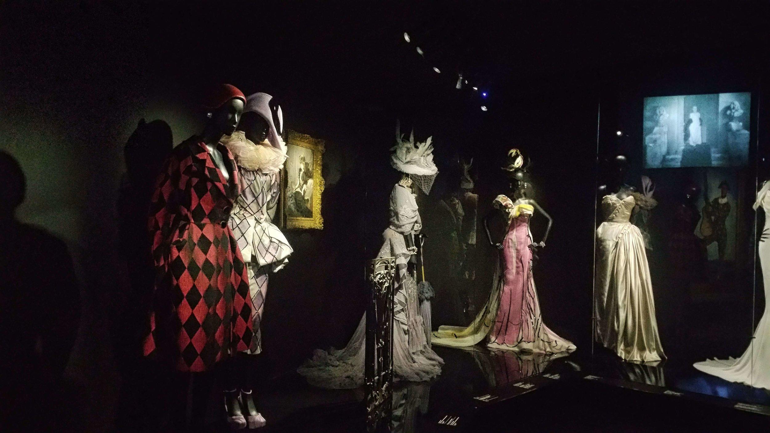 Couturenotebook- Christian Dior Couturier du reve (9).jpg