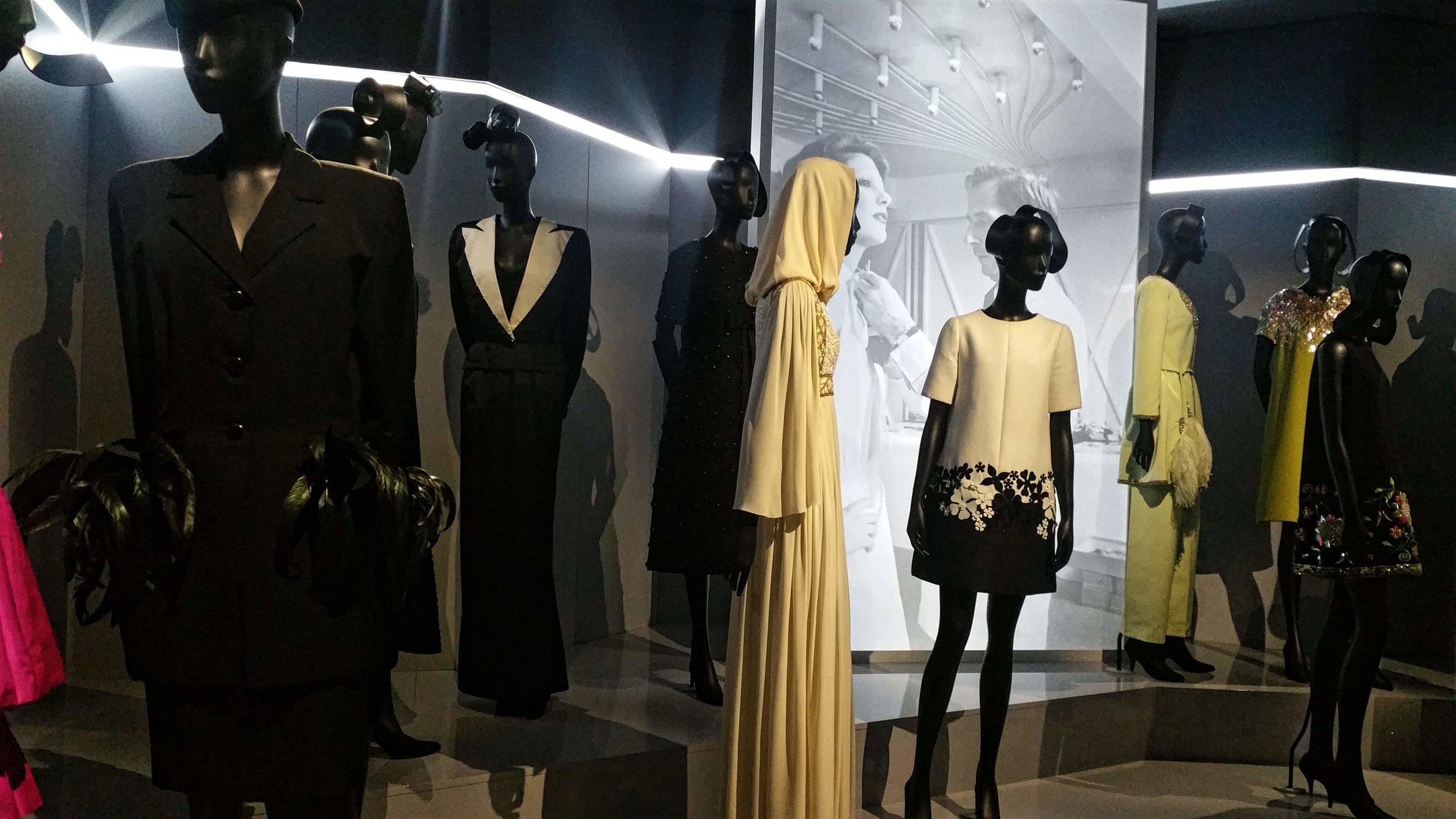 Couturenotebook- Christian Dior Couturier du reve (29).jpg