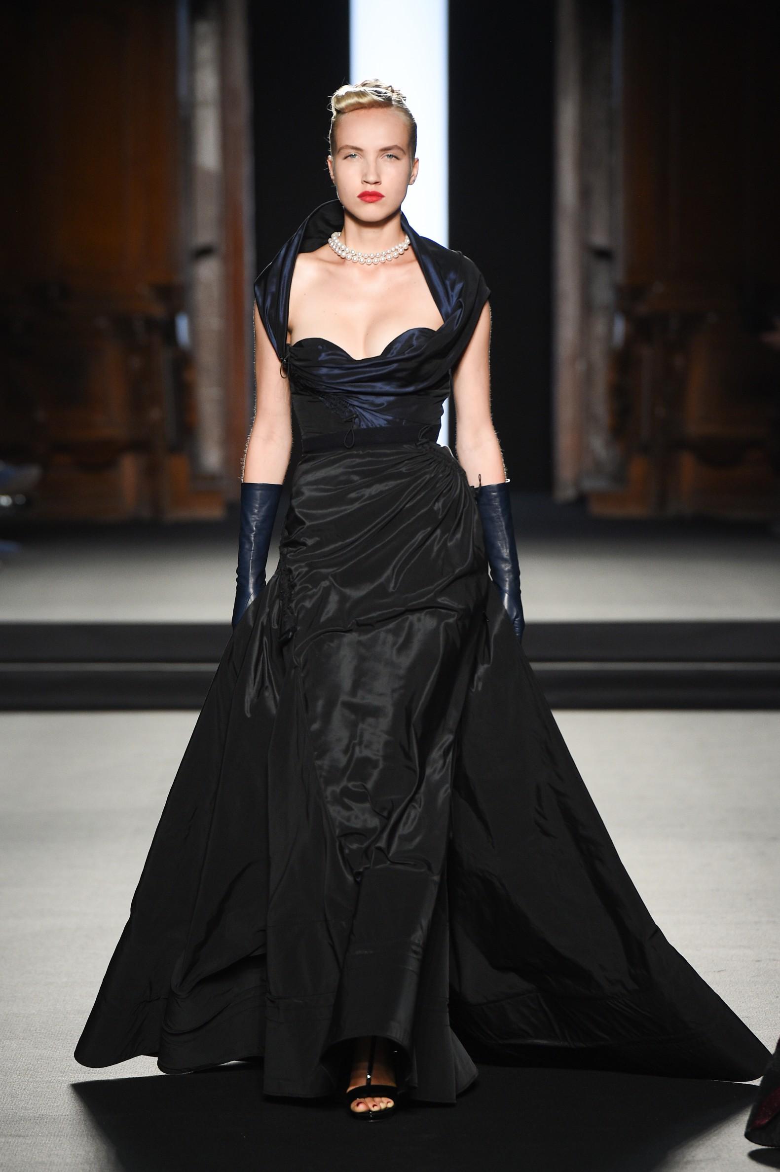 Julien Fournié - Haute Couture FW1819 - 5.jpg