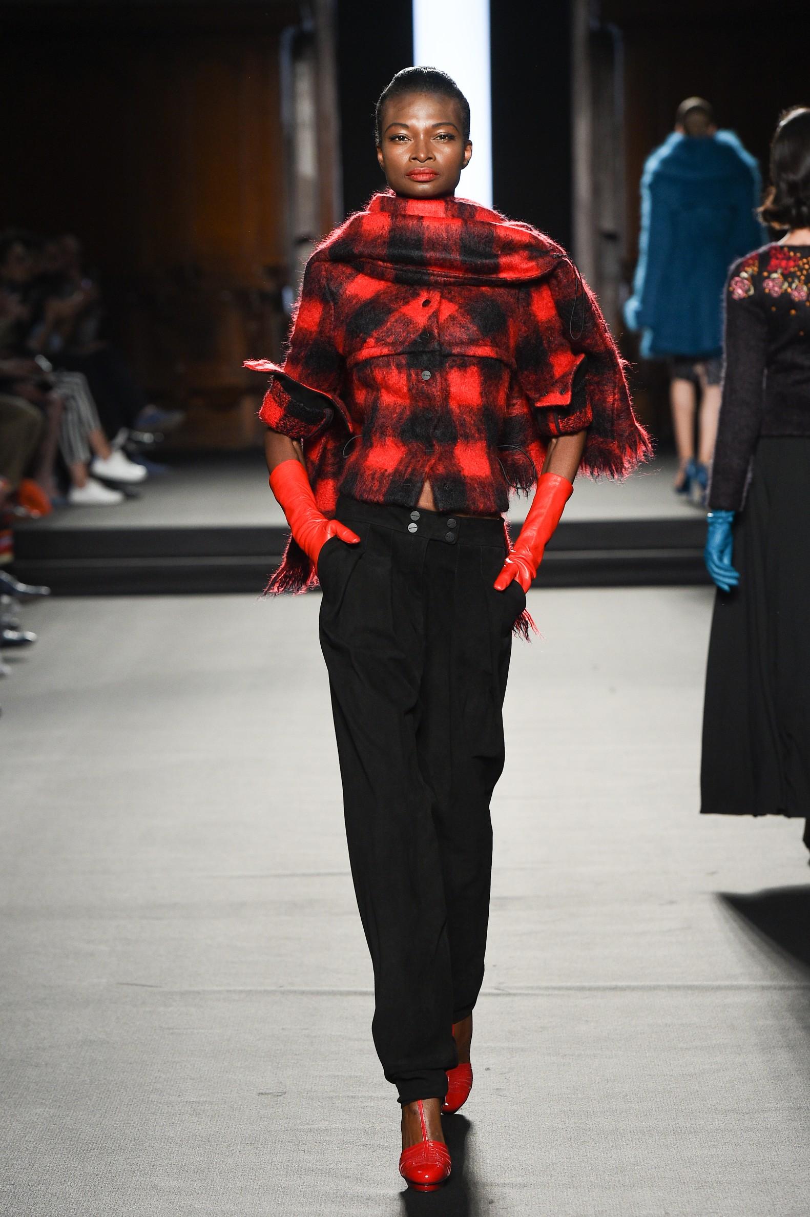 Julien Fournié - Haute Couture FW1819 - 11.jpg