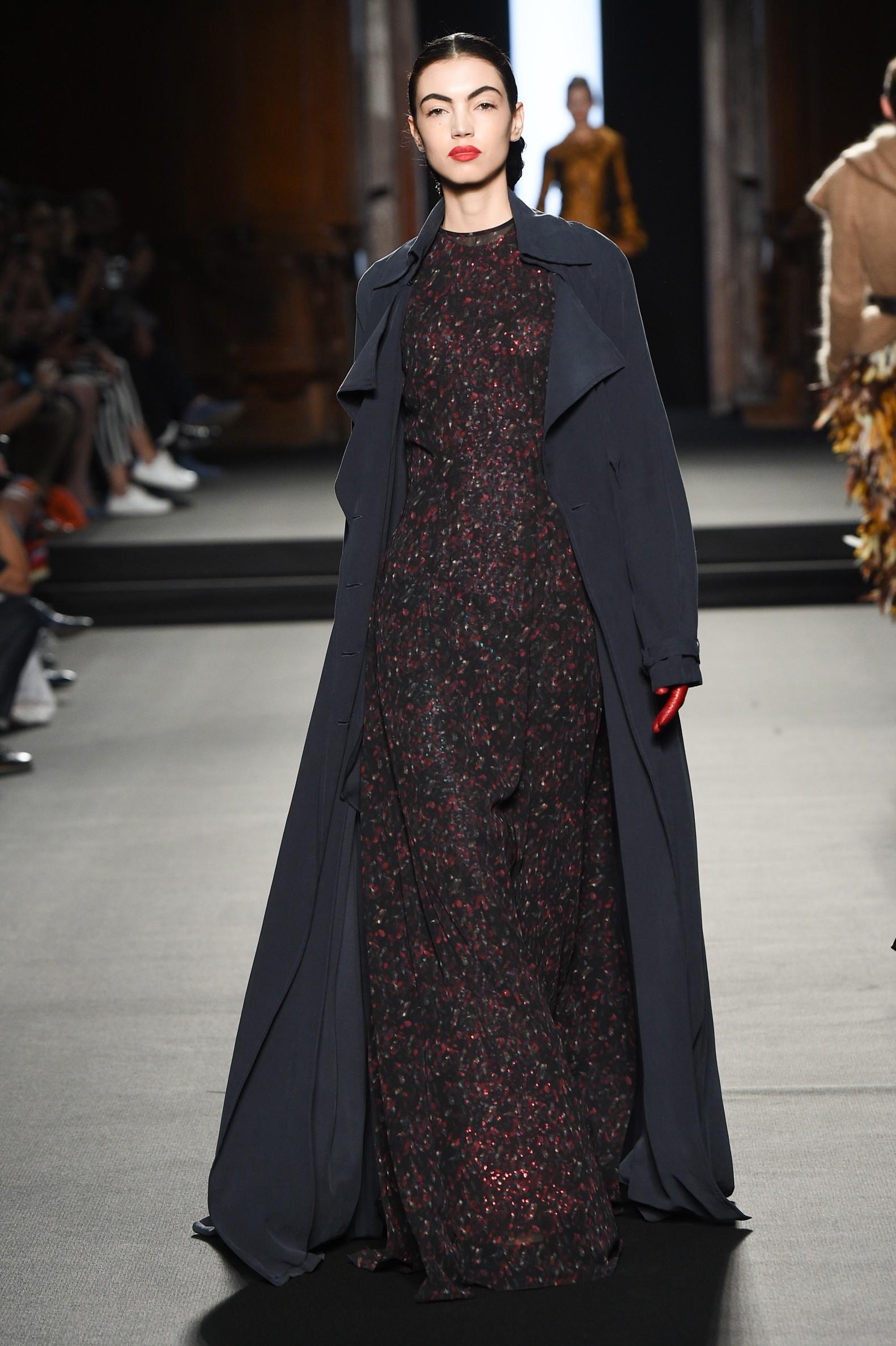 Julien Fournié - Haute Couture FW1819 - 14.jpg