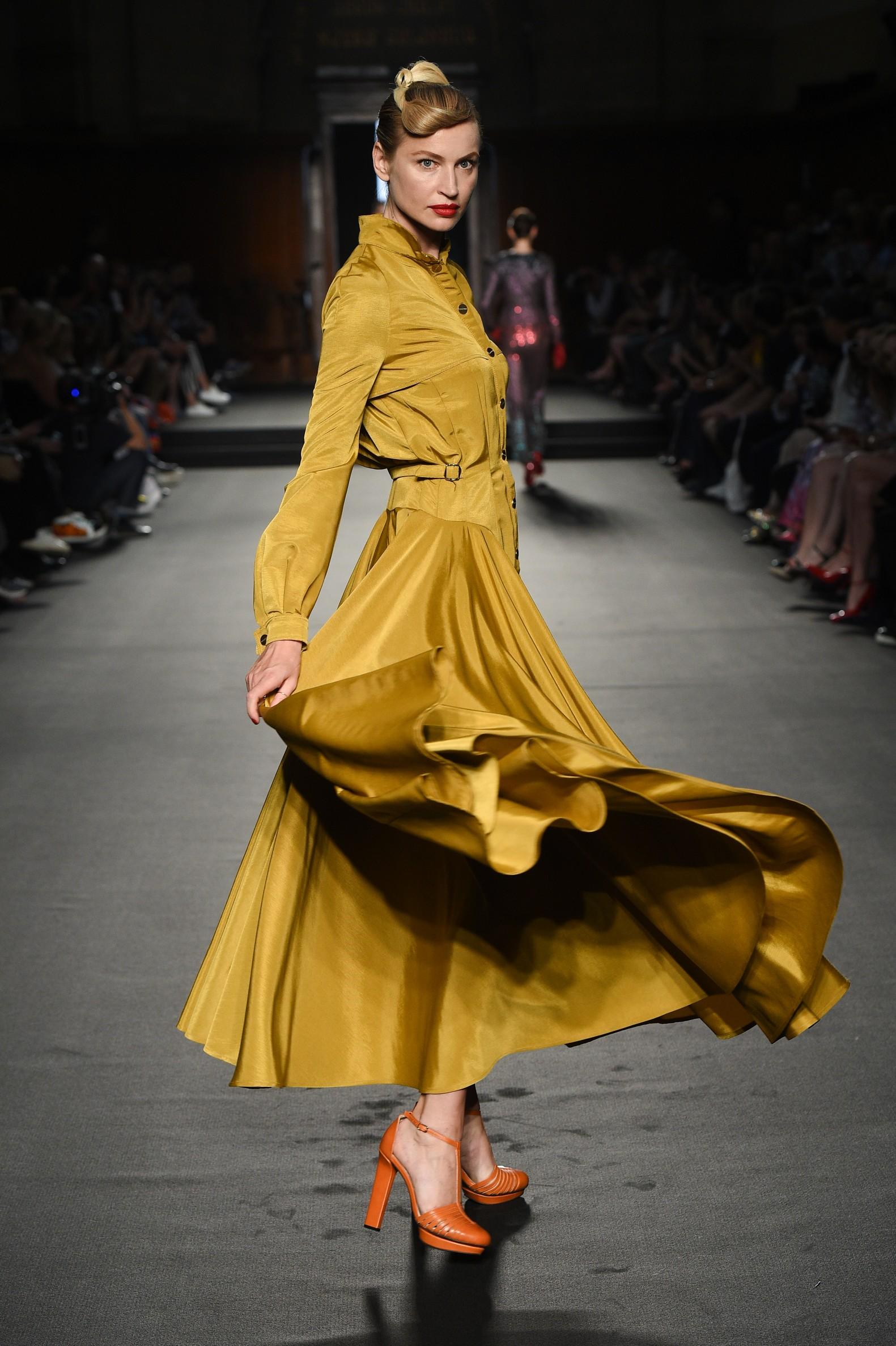 Julien Fournié - Haute Couture FW1819 - 24.jpg