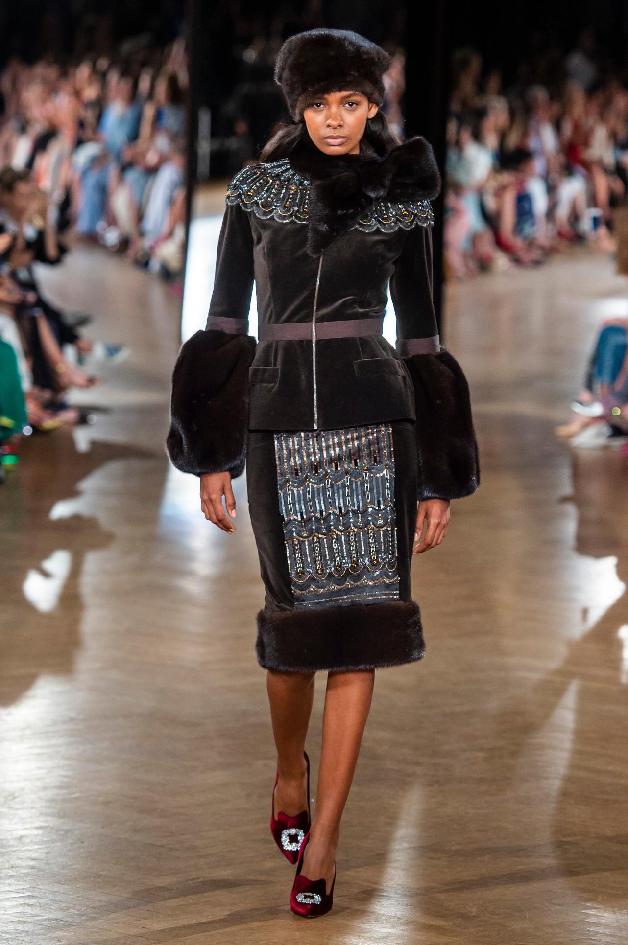 Yanina Couture HC RF18 1069.jpg