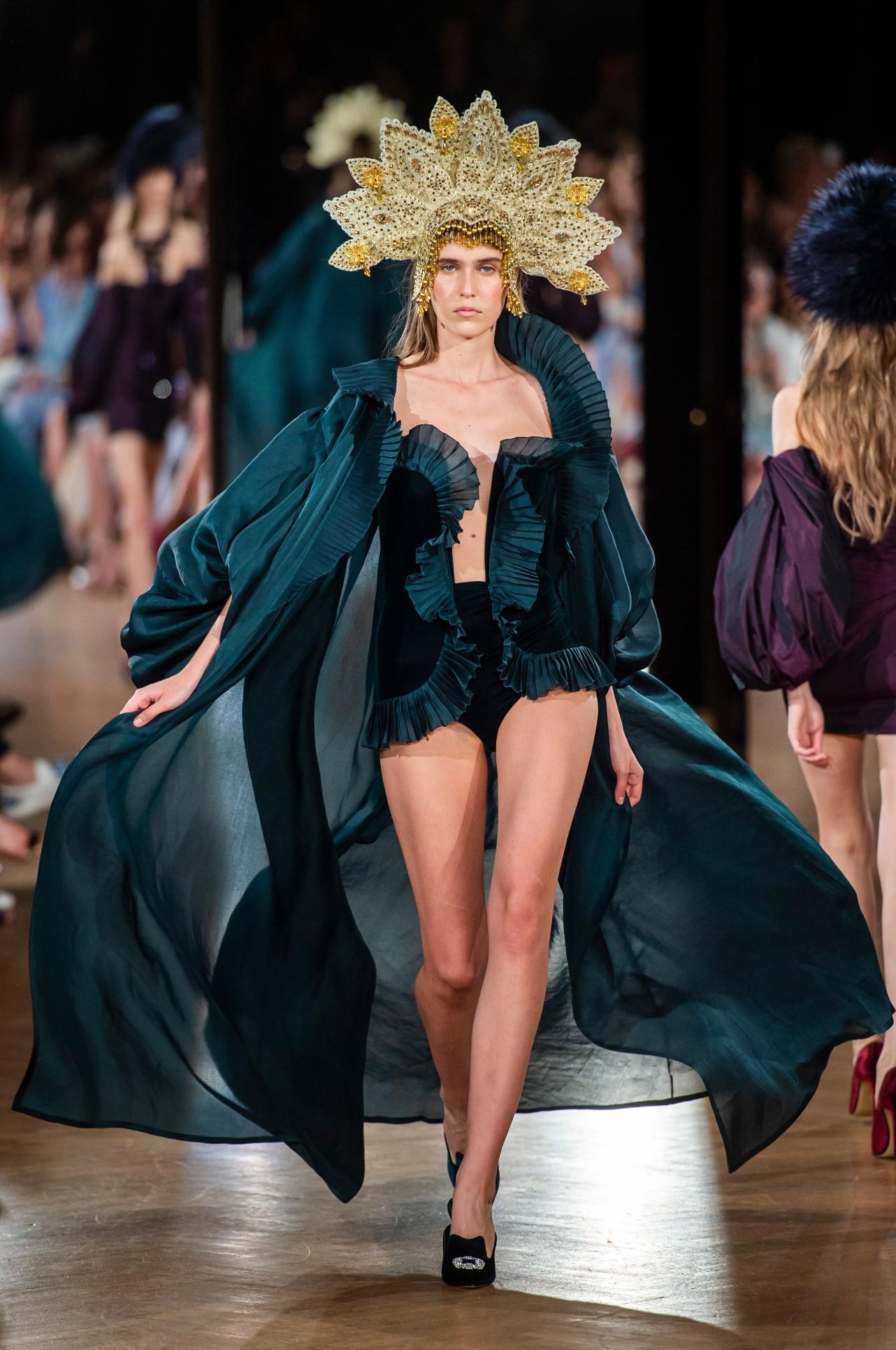 Yanina Couture HC RF18 1414.jpg
