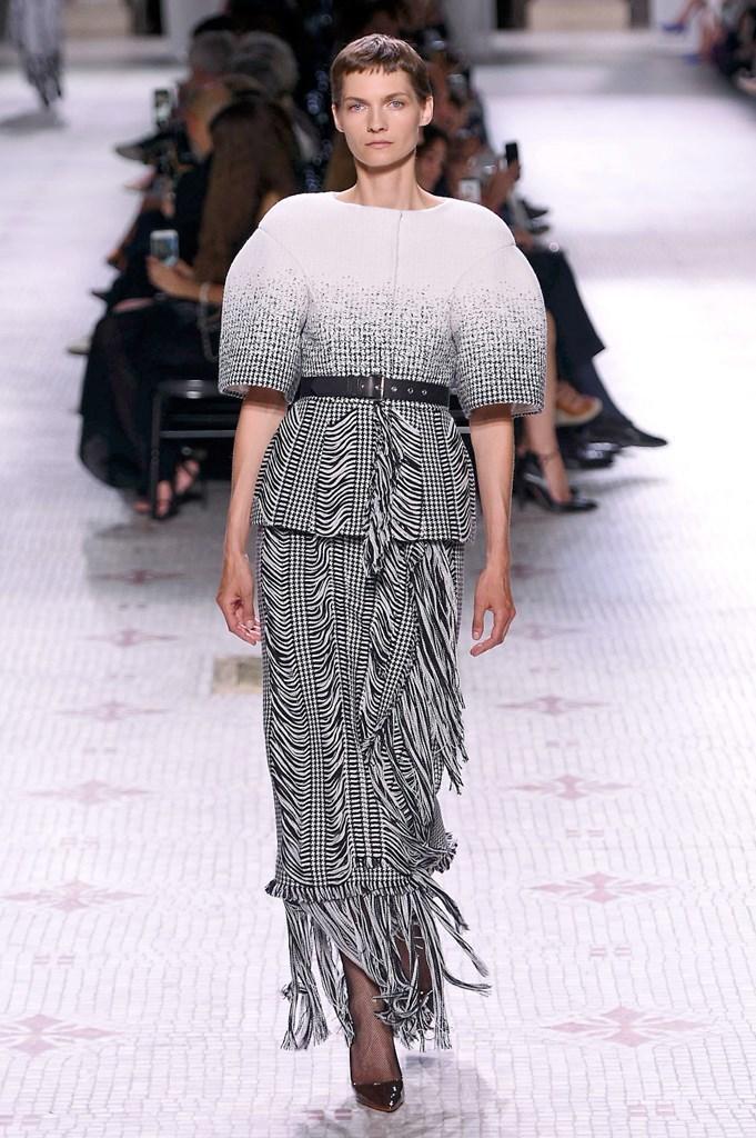 Givenchy_0_isi_1057.jpg