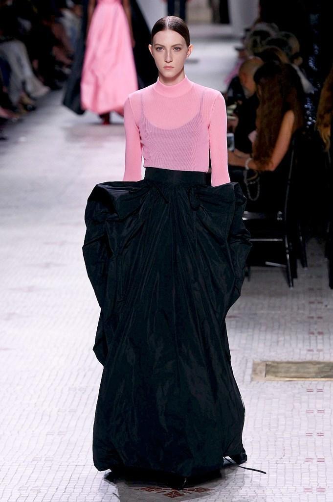 Givenchy_10_isi_1210.jpg