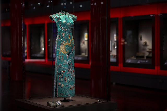 1. Chinese    Inspirations Exhibition  hall, Palace Museum.jpg
