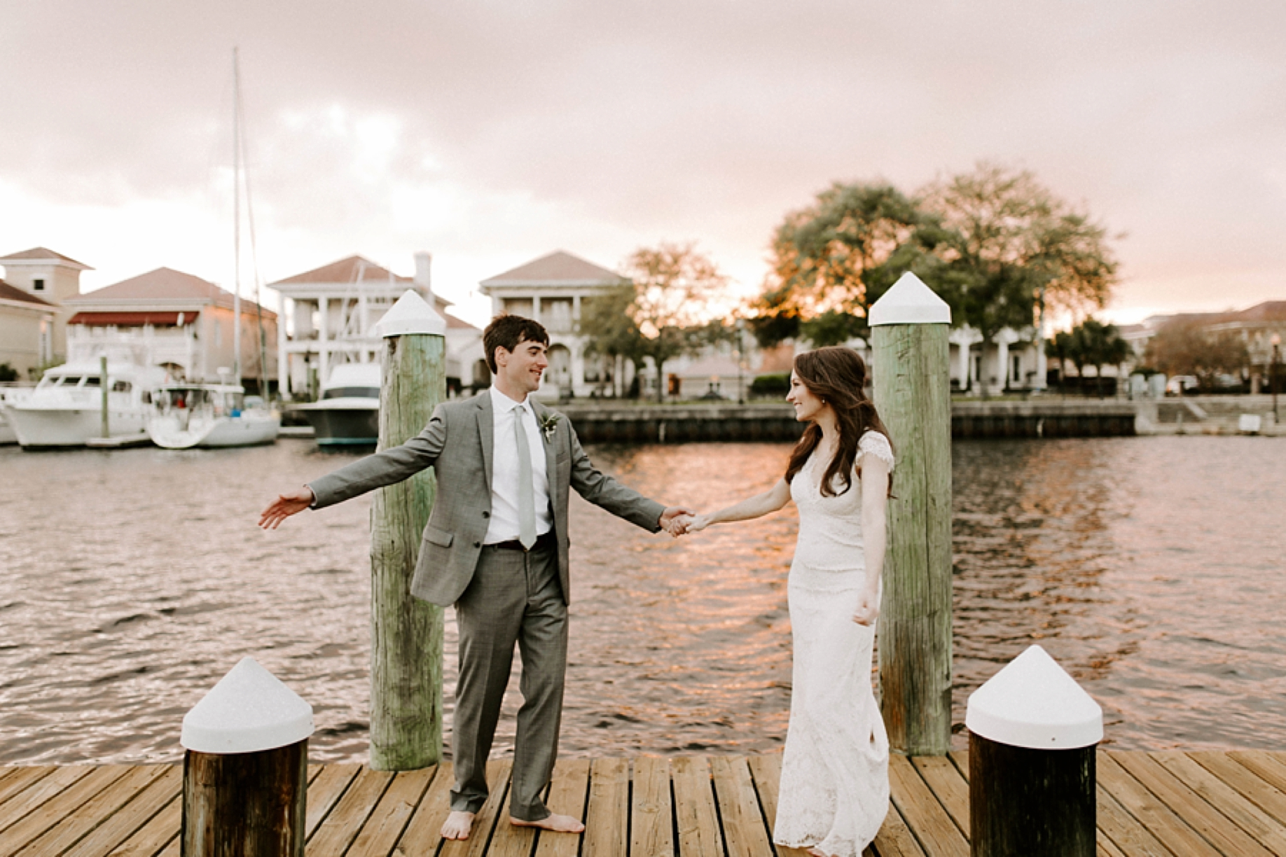 elizabeth_hanes_old_christ_church_palafox_wharf_pensacola_wedding_photos_0057.jpg