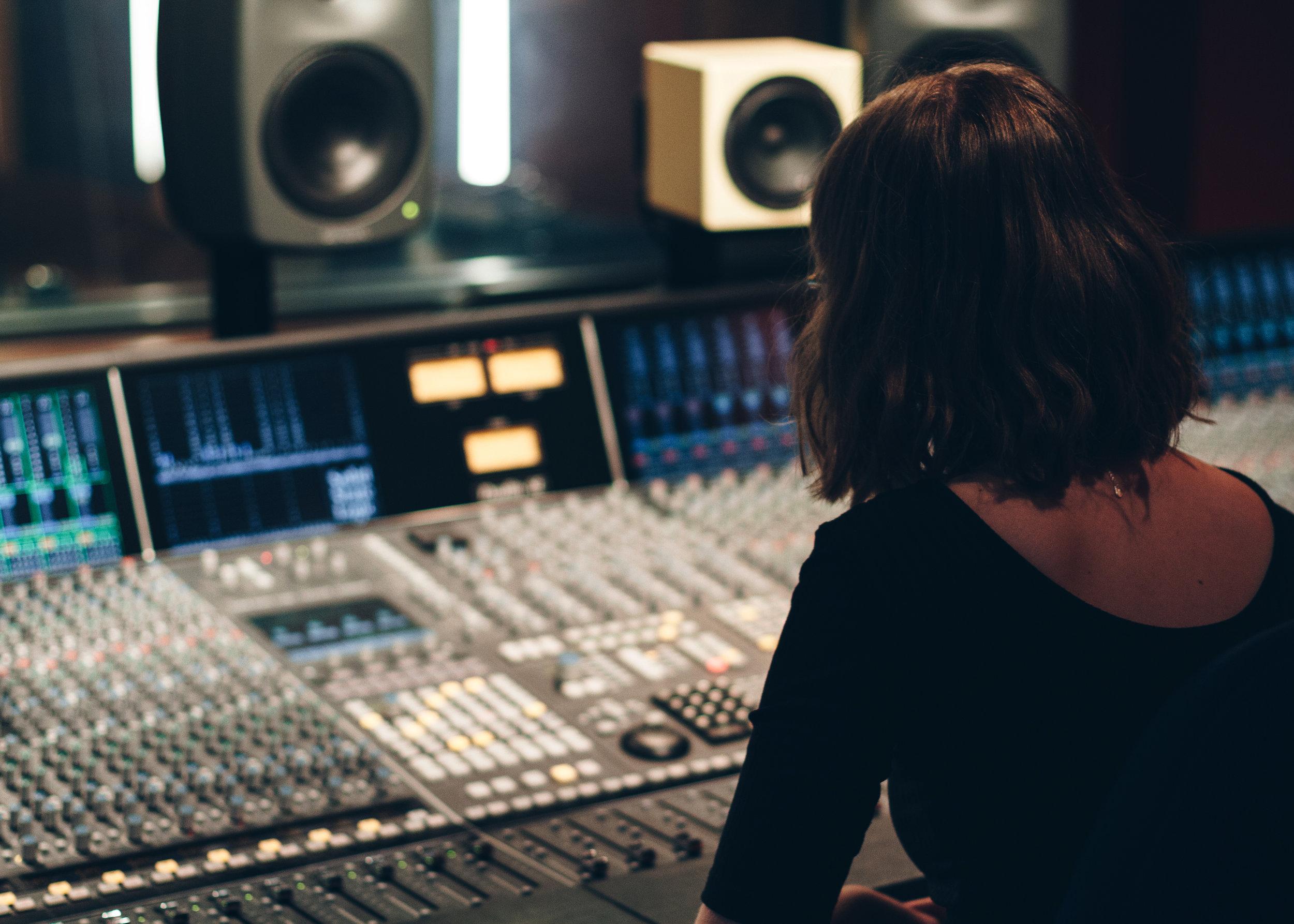 Rose Studio-2921.jpg