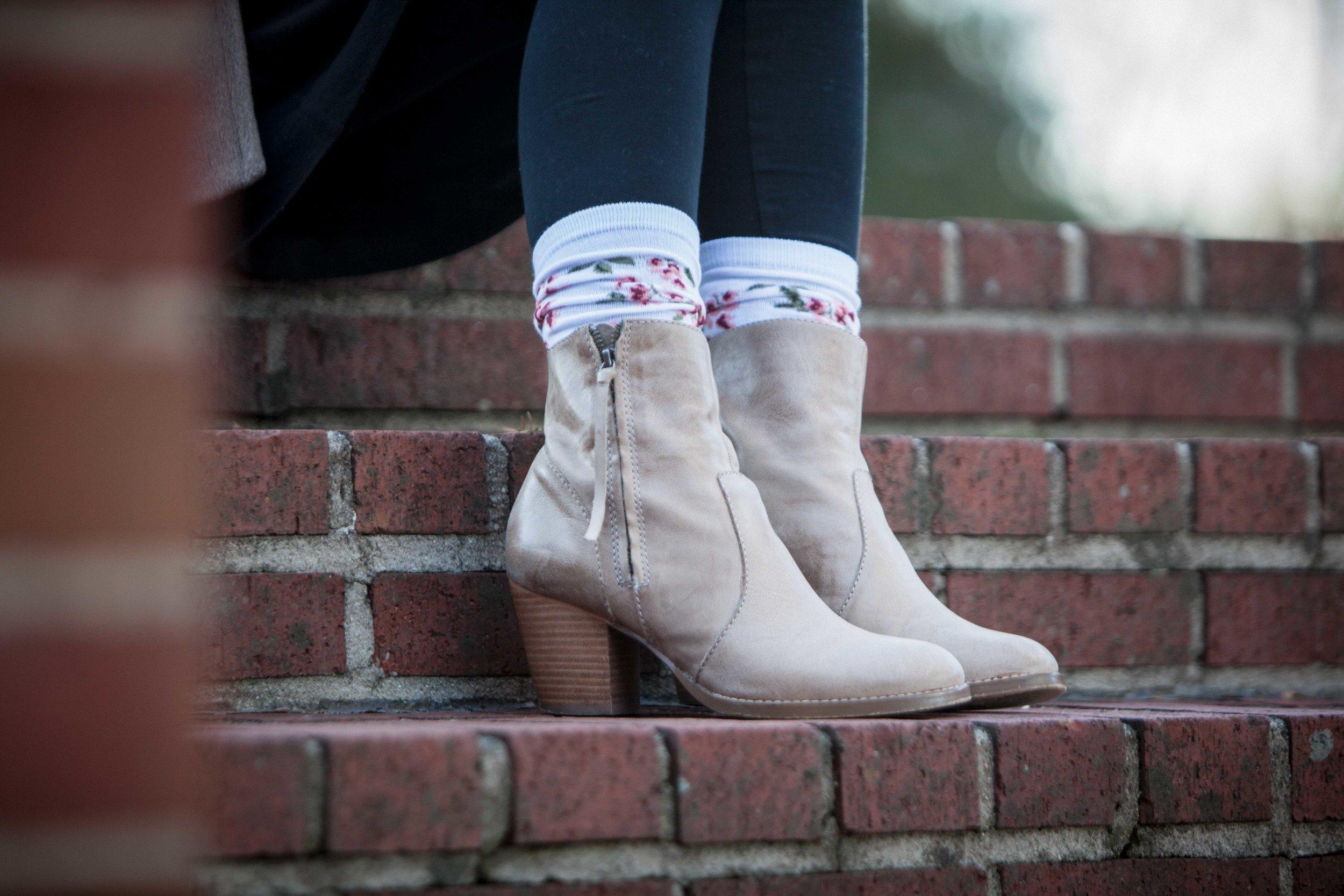 LaDeDa   Socks-6.jpg