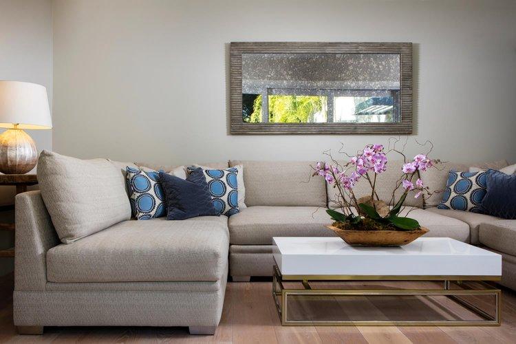 1526-4th-st-naples-fl-kelder-designs-living-room.jpg