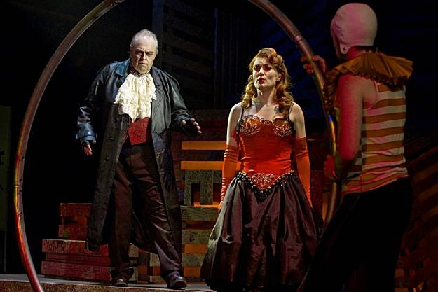 Opera Parallèle Photo Credit: Steve DiBartolomeo