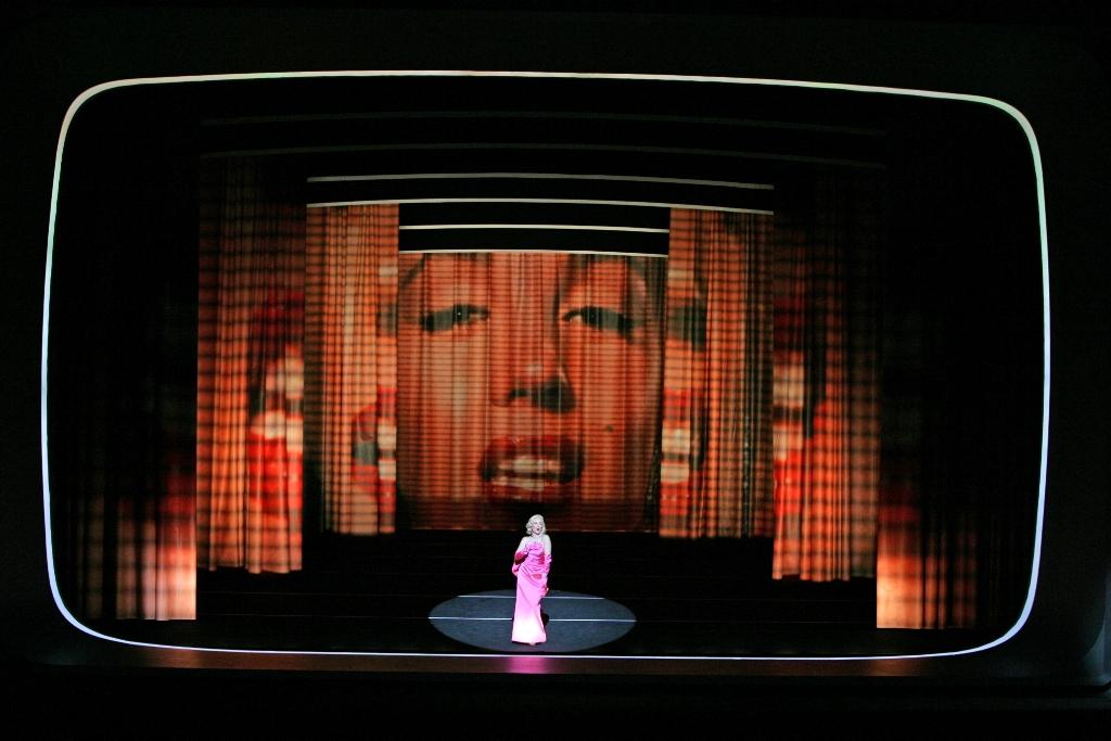 English National Opera Hyogo Performing Arts Center Photo credit: Takashi Iijima/Hyogo Performing Arts Center