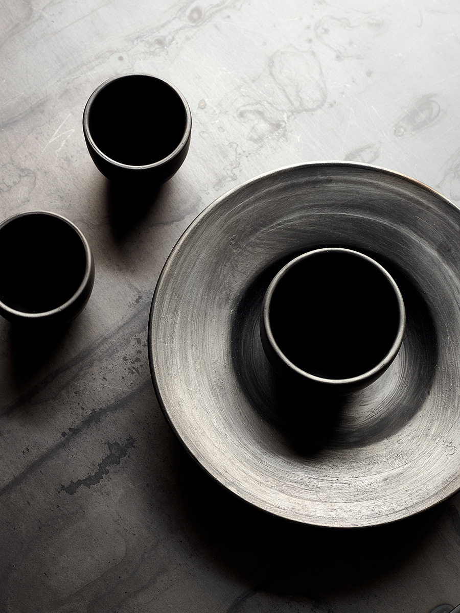 Arrondissement Black Reduced Ceramics