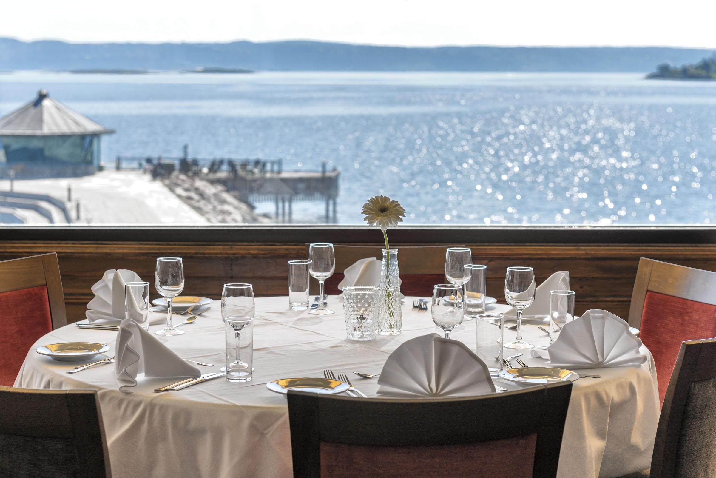 Holmen_Fjordhotell_Restaurant_1.jpg