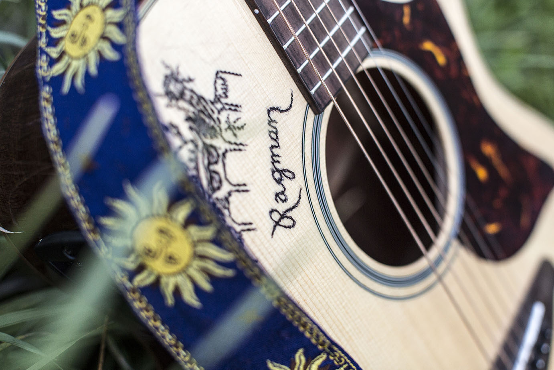 Ragman guitar.jpg