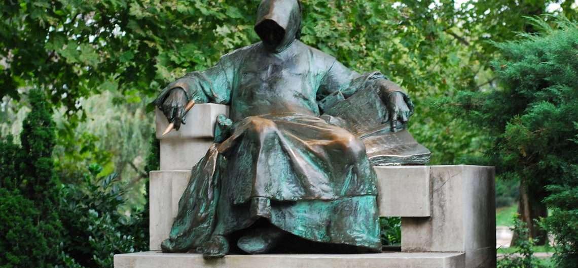 1280px-HU_Budapest_Anonymous_statue-1-1140x530.jpg