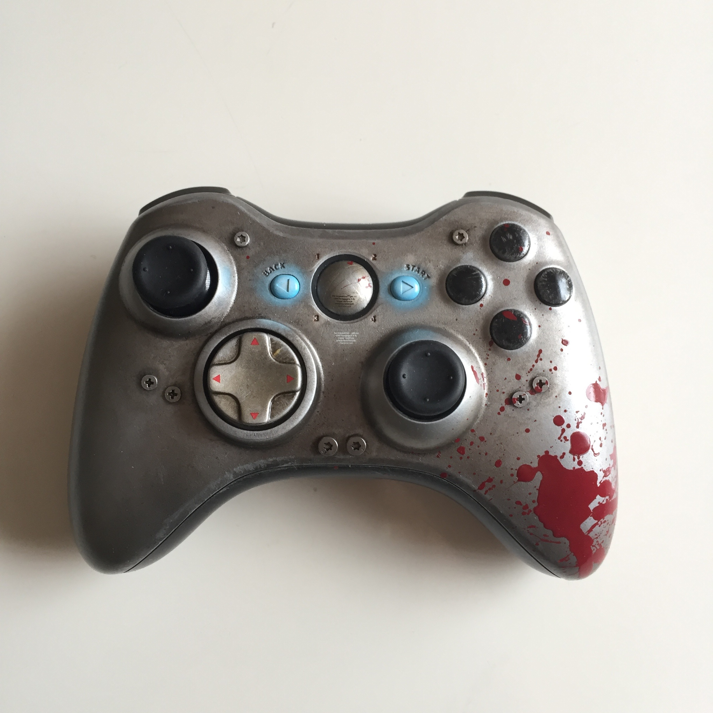 Gears of Wars - WAR Custom Controller 01.jpg