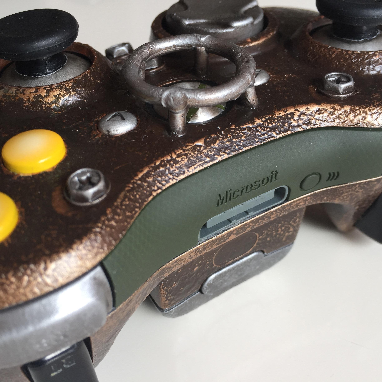 Bioshock - We Are Robots - Custom Controller 07.jpg
