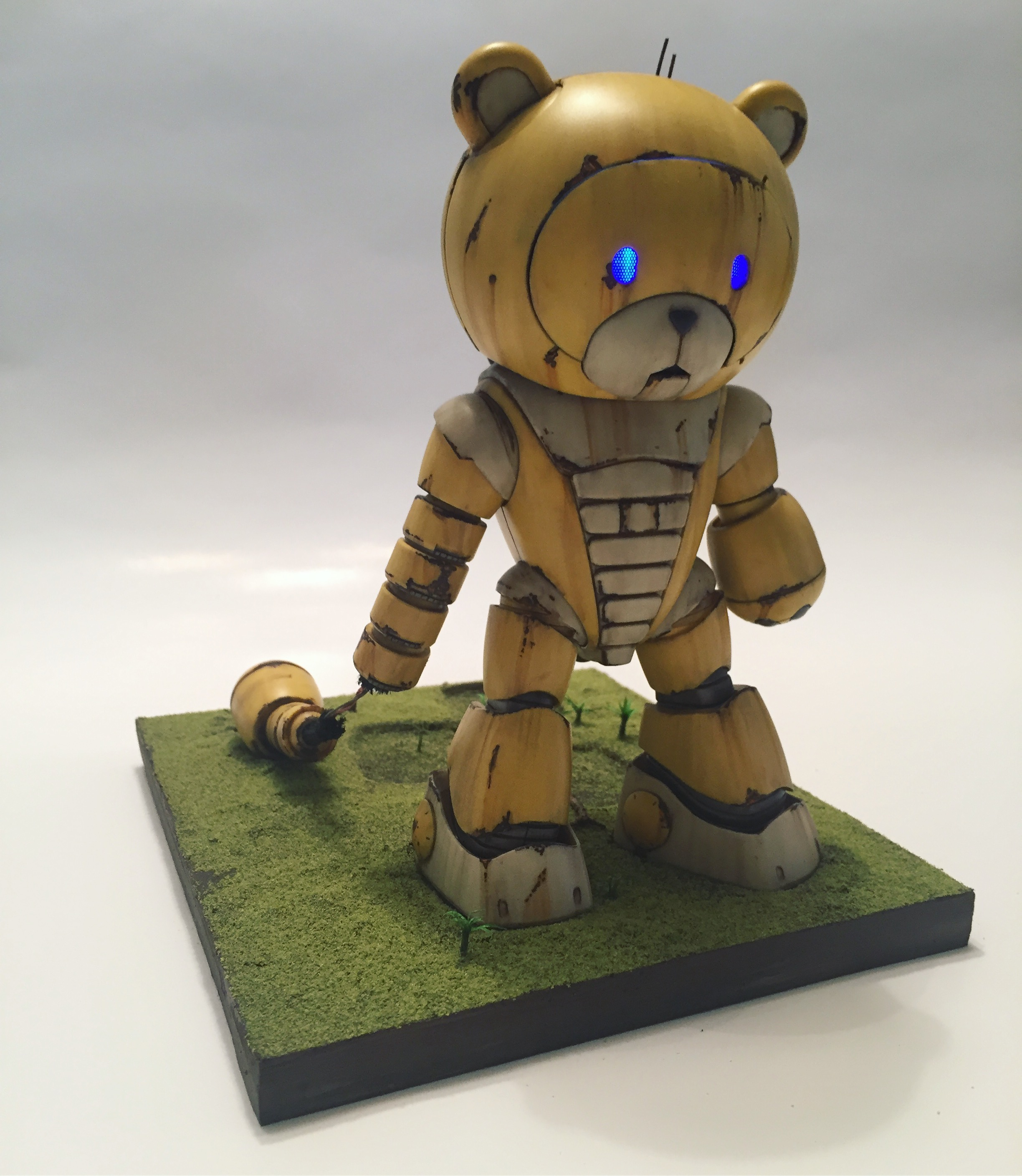Bearguy - We Are Robots 08.jpg